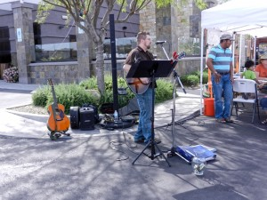 Live music at the farmer's market